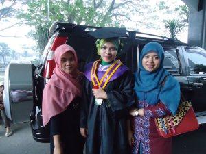 wisuda kak hervina peralaiko S.psi sarjana psycology Uin Maulana Malik ibrahim Malang
